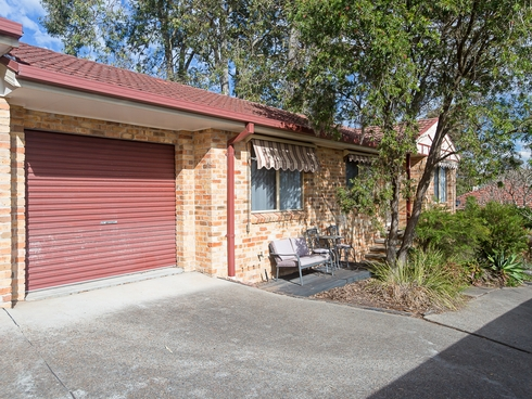 2/59 Middle Point Road Bolton Point, NSW 2283
