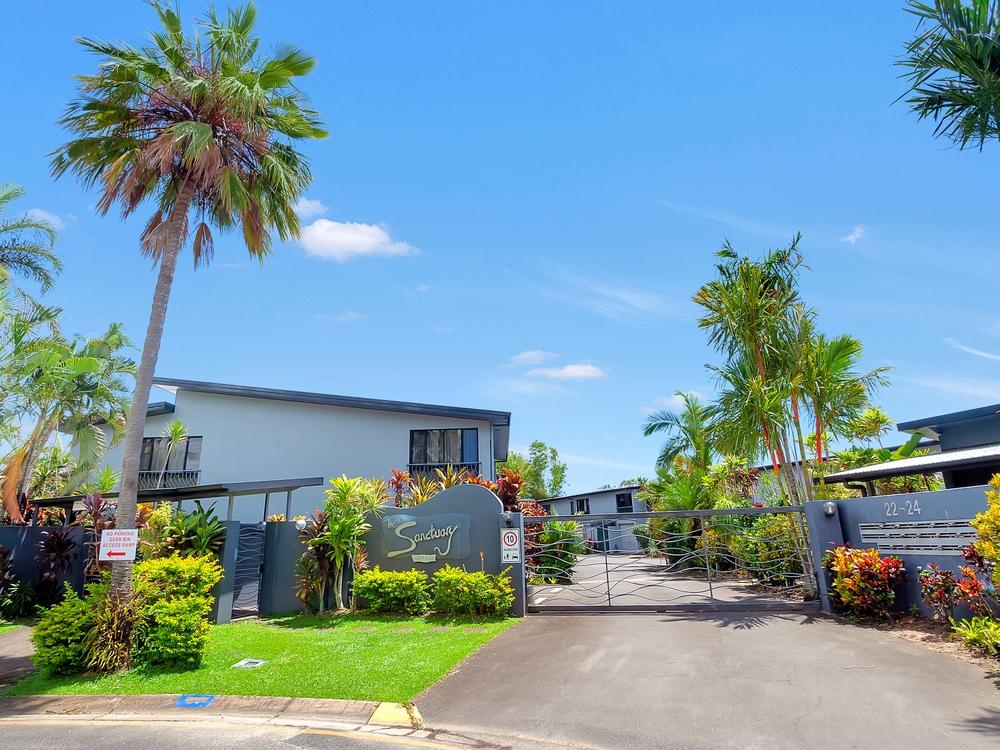 20/22-24 Oyster Court Trinity Beach, QLD 4879