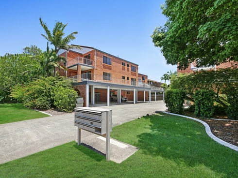 7/16 Madang Crescent Runaway Bay, QLD 4216
