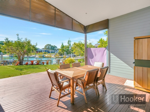 26 Doeblien Drive South Stradbroke, QLD 4216
