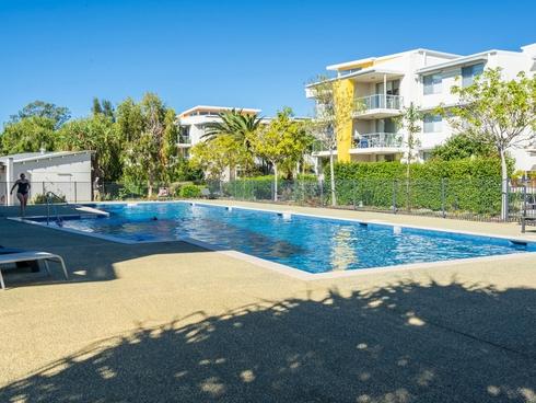 814/66 Sickle Avenue Hope Island, QLD 4212