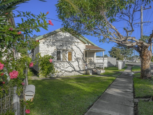 5 Braye Street Mayfield, NSW 2304