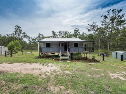 4 Heritage Park Close Waterview Heights, NSW 2460