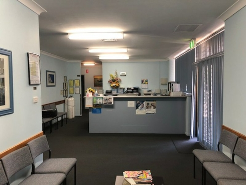 Unit 1, Suite 2/470 Pacific Highway Wyoming, NSW 2250