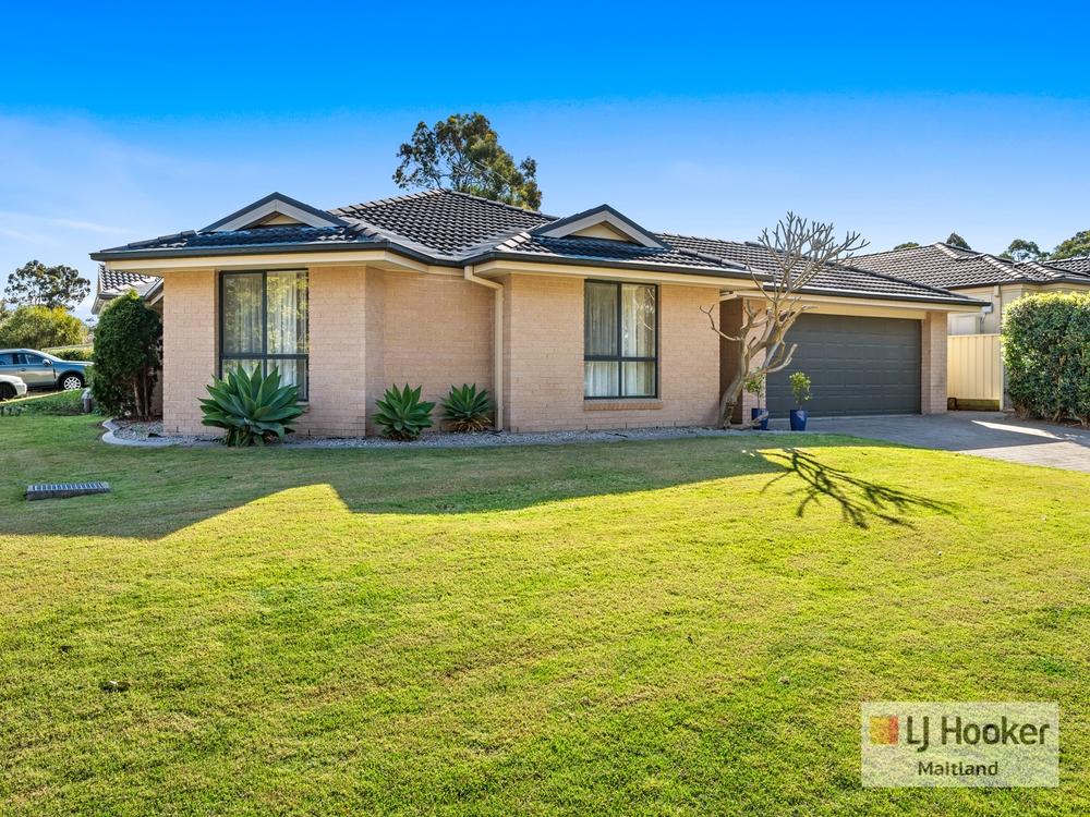 2/8 Boyd Avenue Metford, NSW 2323
