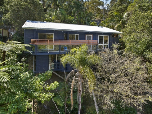 8 Rengbari Place Avoca Beach, NSW 2251