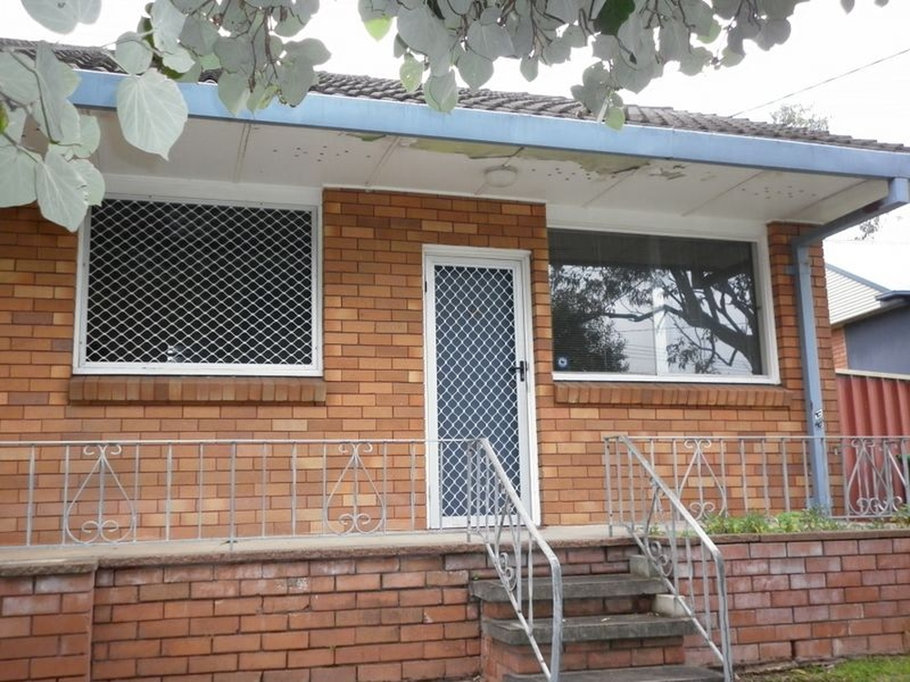 Unit 4/105 Brooks Street Bar Beach, NSW 2300