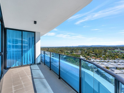 21010/5 Harbour Side Court Biggera Waters, QLD 4216