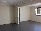 2/311 Taylor Street Wilsonton, QLD 4350