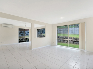 6 Inman Court Pacific Pines , QLD, 4211