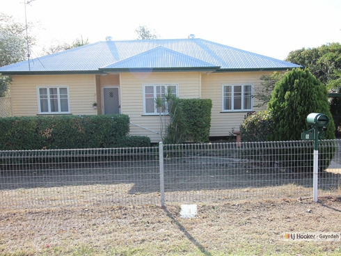 9 Station Street Gayndah, QLD 4625