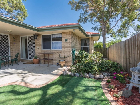 2/2a Mary Street Redcliffe, QLD 4020