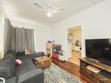 146 Richardson Road Park Avenue, QLD 4701