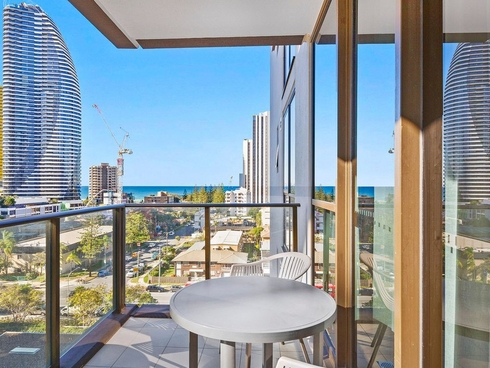 602/2663 Gold Coast Highway Broadbeach, QLD 4218