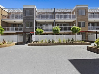 Unit 20/49-53 Wentworth Avenue Wentworthville , NSW, 2145
