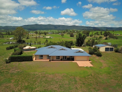 96 New Country Creek Road Woolmar, QLD 4515