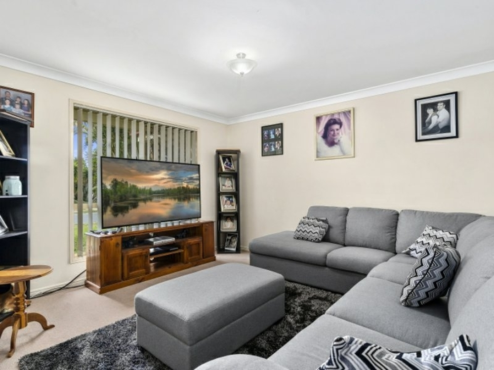 6 Candle Crescent Caboolture, QLD 4510