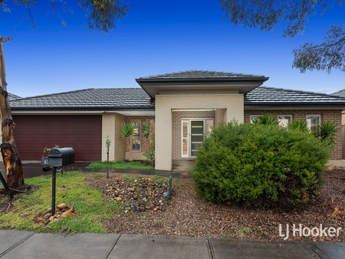 57 Fairbridge Road Point Cook, VIC 3030