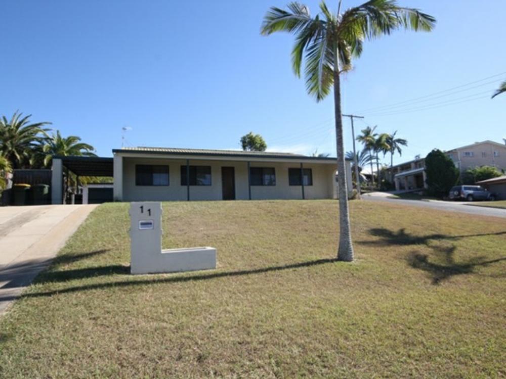 11 Aquarius Street Clinton, QLD 4680