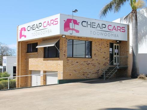 1/102 Neil Street Toowoomba, QLD 4350