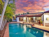 2 Islander Court Burleigh Waters, QLD 4220