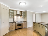 27 Wigan Avenue Highfields, QLD 4352