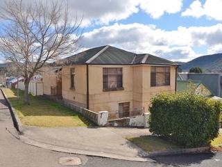 2 Calero Street Lithgow, NSW 2790
