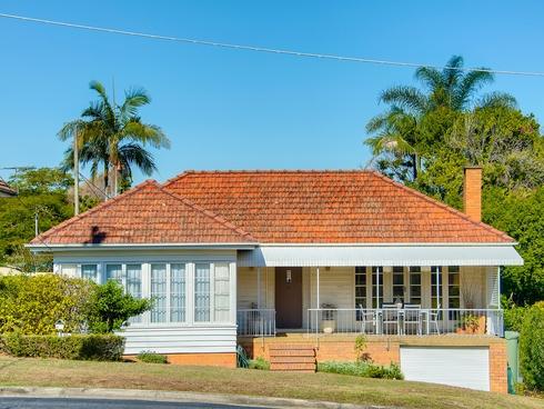 62 Pateena Street Stafford, QLD 4053