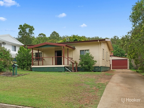 27 Down Street Esk, QLD 4312