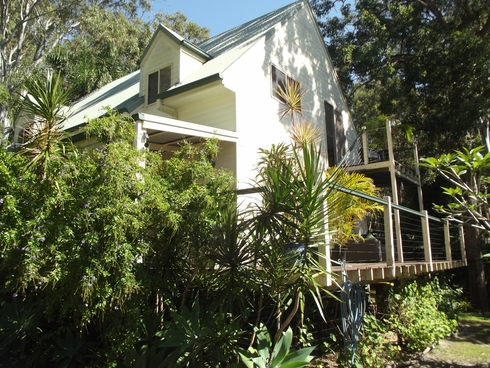 29 Cabriolet Crescent Macleay Island, QLD 4184