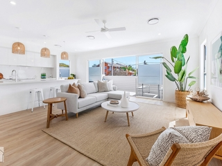 1 & 2/8 Fourteenth Avenue Palm Beach , QLD, 4221
