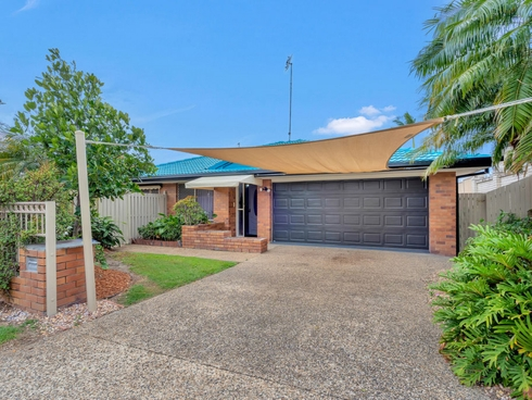2 Berkley Court Highland Park, QLD 4211