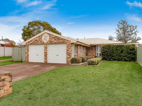 27 Danica Court Kearneys Spring, QLD 4350