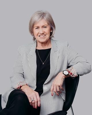 Carol Dalton profile image
