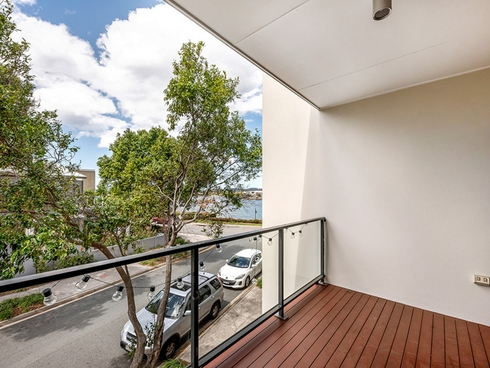 8/9 Moores Crescent Varsity Lakes, QLD 4227