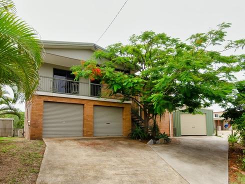 13 Beech Avenue Kin Kora, QLD 4680