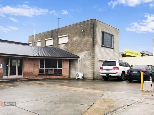 16 Dewer Avenue Ridgehaven, SA 5097