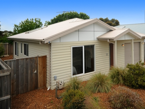 Unit 1/12 Ward Street St Leonards, VIC 3223