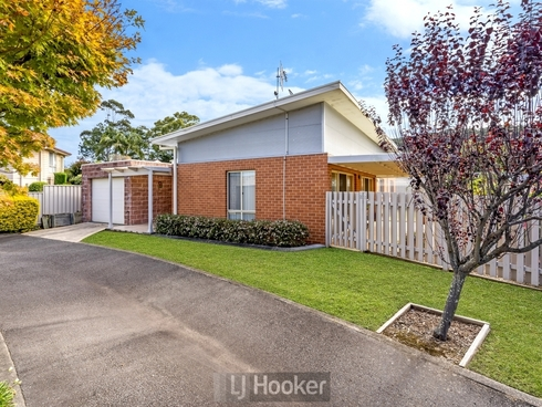 22 Phoenix Drive Warners Bay, NSW 2282