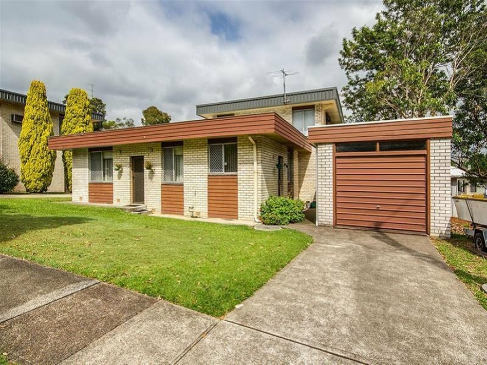 8/3 Harvard Jesmond, NSW 2299