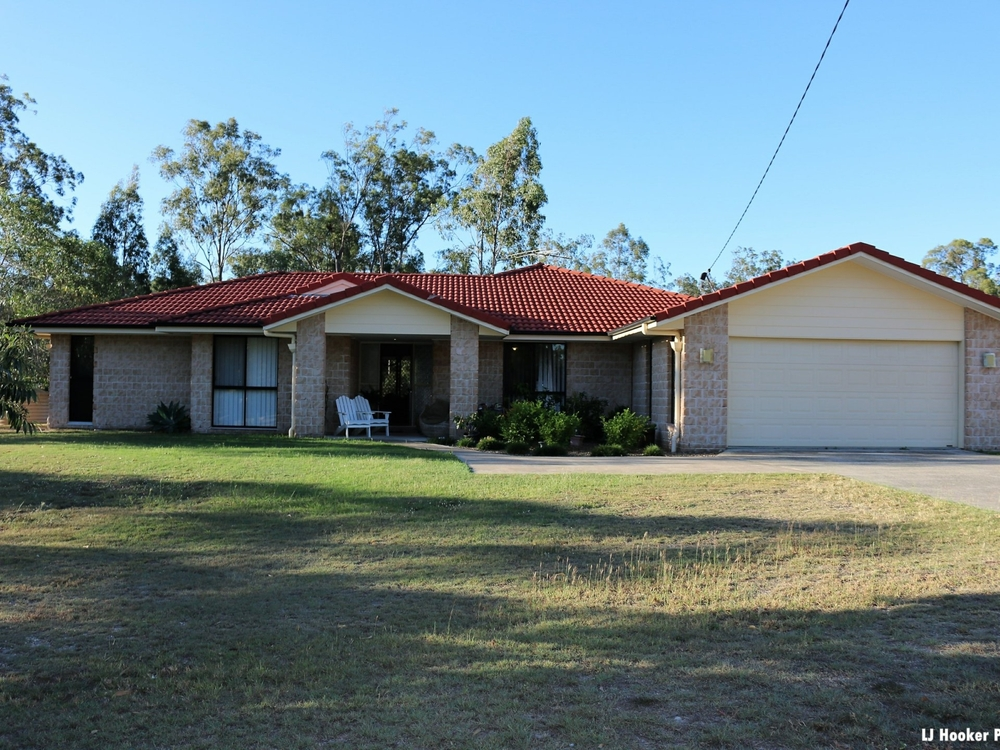 27 Andrews Court Regency Downs, QLD 4341