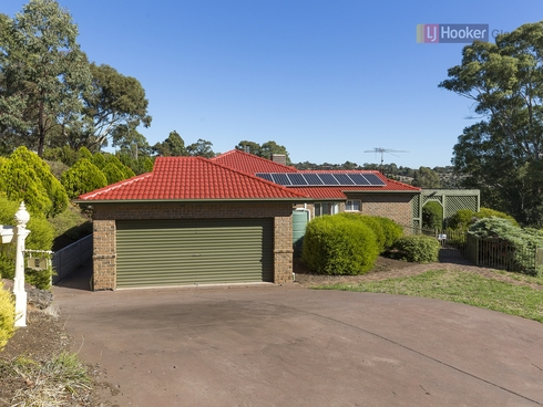 2 Jennifer Avenue Bellevue Heights, SA 5050