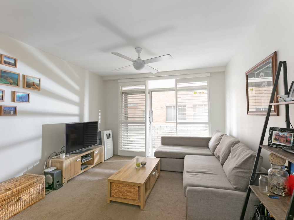 2/4 Holborn Avenue Dee Why, NSW 2099