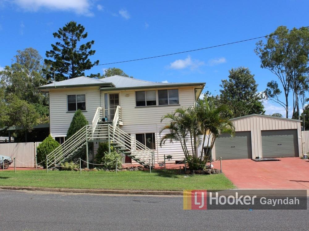 12 Elizabeth Street Biggenden, QLD 4621