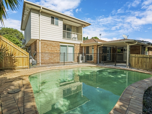 34 Henry Cotton Drive Parkwood, QLD 4214