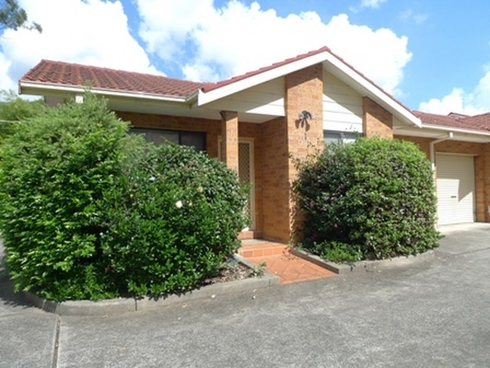 1/39 Woodlawn Drive Toongabbie, NSW 2146