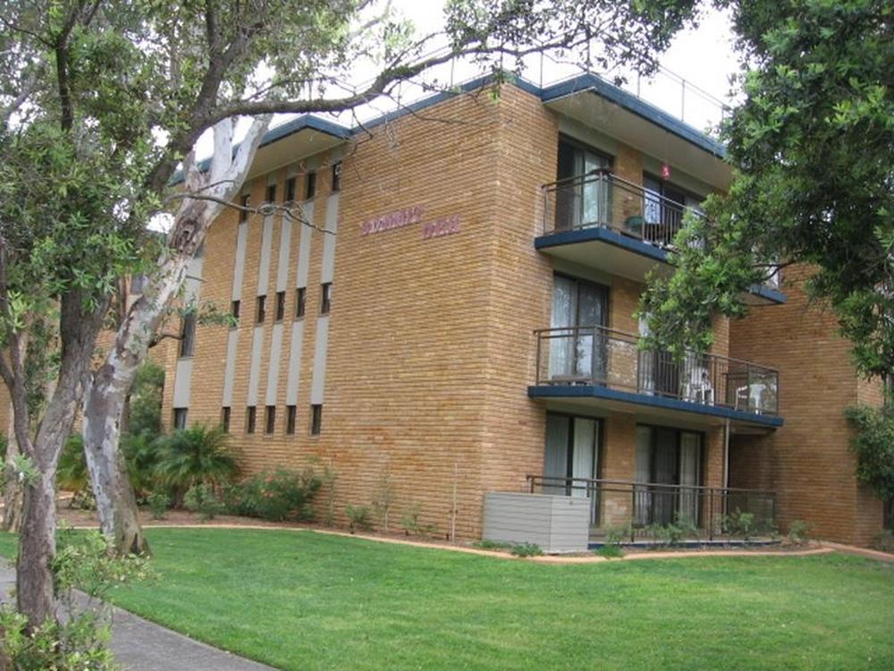13/22 Russell Street Hawks Nest, NSW 2324