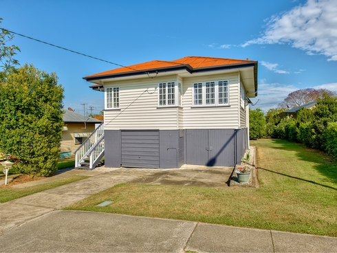 206 Webster Road Stafford, QLD 4053