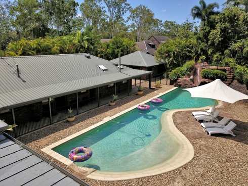 37 Pleasant Drive Sharon, QLD 4670