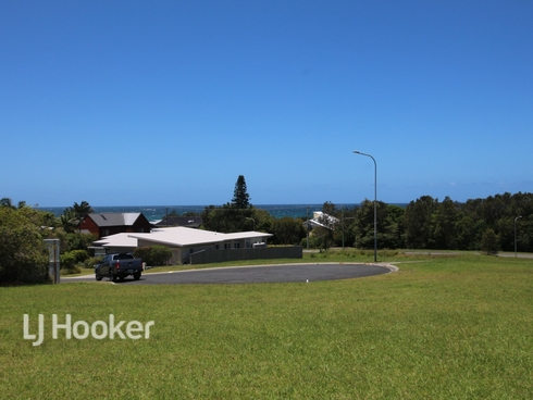 5 Pearl Place Diamond Beach, NSW 2430